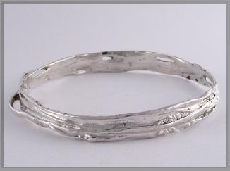 Slave bangle sterling silver hooped1