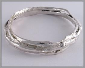 Blu-ray limpet sterling silver bangle 4